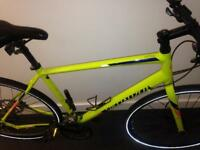Specialized sirrus 2016 disc hybrid *RRP£500* great condition