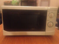 Standard Microwave - White