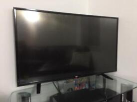 "LG 43"" Smart HD TV - please read description"