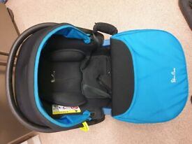 Silver Cross 3 in 1 Buggy with Carseat, Carry Cot and Rain Cover