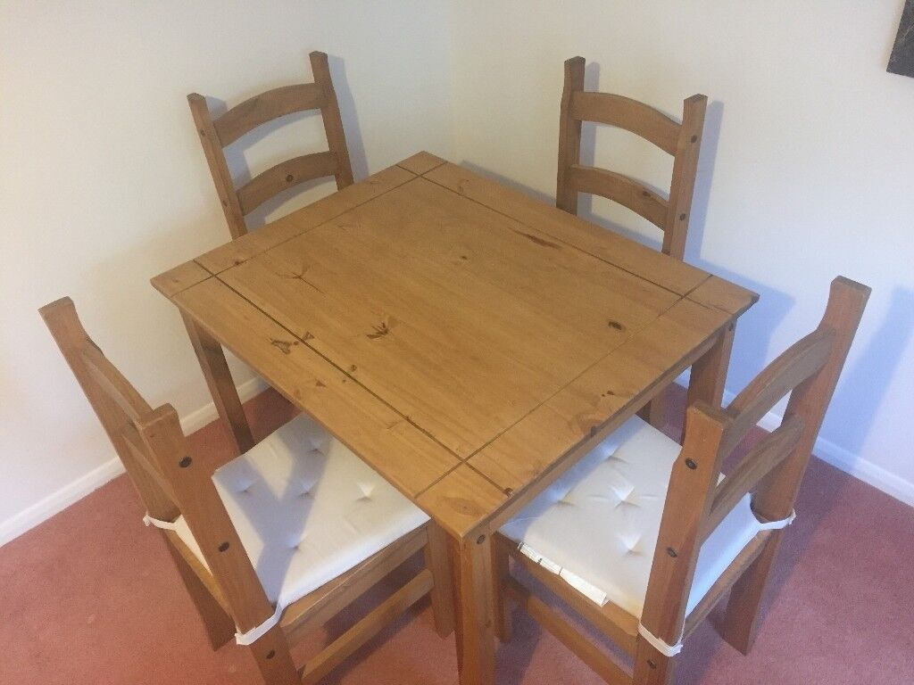 Corona Mexican Pine Dining Table 4 Chairs
