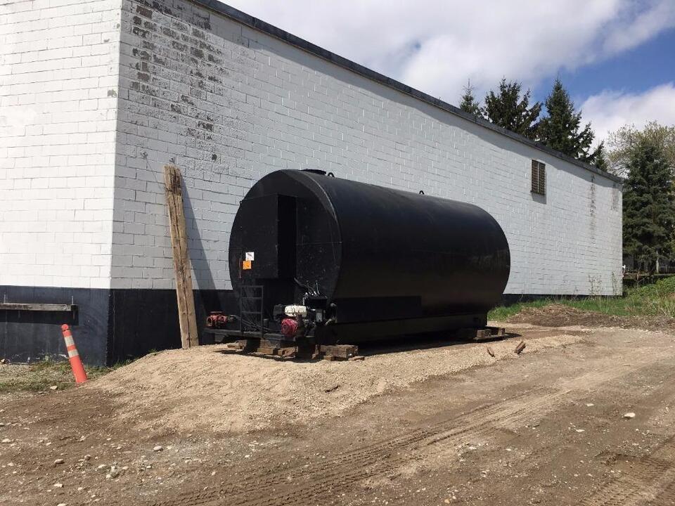 New Asphalt Driveway Sealing Unit Spray Direct From 55