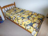 Kids Single duvet sets x 2 plus fleece blankets x 2 - Despicable me / Toy story / Bob the builder