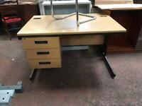 1200mm x 800mm Straight Office Desk & Intergrated Draw Unit