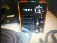TIG WELDER 150 AMP MAKE GIANT BRAND NEW ONLY TRIED WITH MIXED RODS