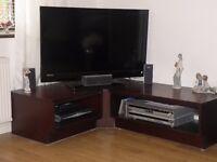 Television corner unit