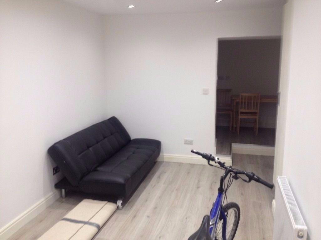 1 Bed ground floor flat in harrow area including all bills except electricity