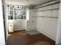Studio/office 2min from Dalston Kingsland / short or long let