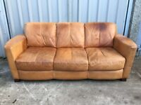 ITALIAN NATURAL TAN LEATHER 3 SEATER SOFA £145 ONO CAN DELIVER UK 07808077174