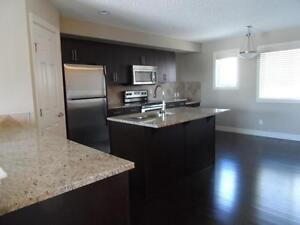 GORGEOUS 3 BEDROOM TOWNHOUSE FOR RENT IN CHARLESWORTH