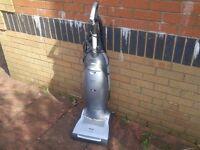 Miele S7580 Vacuum CLeaner
