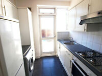A stunning 4 bedroom house with a private patio walking distance to Turnpike Lane