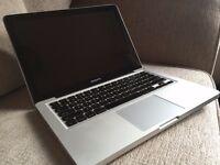 "Macbook Pro 13"" Mid-2010 - 2.4 Ghz Intel Core 2 Duo - 8 GB memory - 500 GB storage"