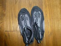 never worn size 5 Tresspass flexible plimsole type shoe ideal for beach/ water activities