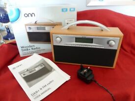 DAB+ PLUS/FM PORTABLE RADIO - TAN WOODEN CASE - NEW UNWANTED GIFT - BOXED