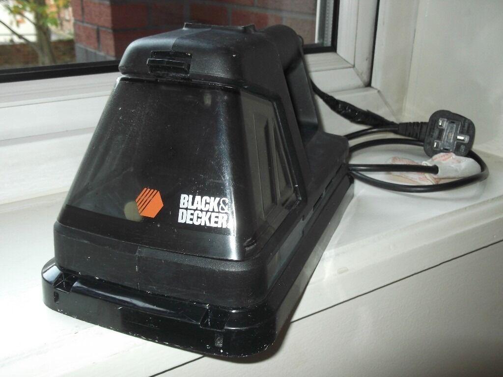 Black Decker Steamworks Wallpaper Stripper Steamer 1200 Watts 240 Volts 25 00 In Whalley Range Manchester Gumtree