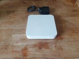 Apple AirPort Extreme A1301 802.11n WiFi Wireless Base Station 3rd Generat fully workion