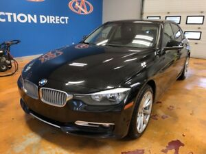 2013 BMW 320 i xDrive X-DRIVE/ LEATHER/ POWER SUNROOF