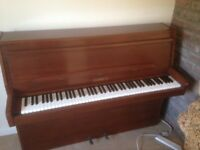 Piano -Modern Lindner upright