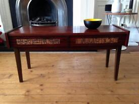 Vintage retro Scandinavian coffee table / chest of drawers