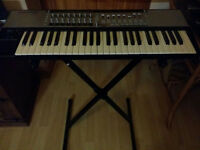 Novation 49SL Mk2 keyboard and stand