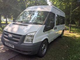 Ford transit lwb minibus full mot readt to go £4495ovno px poss NO VAT
