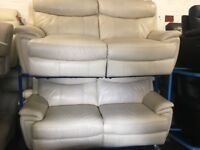 NEW/EX DISPLAY LEATHER LazyBoy MANNING ELECTRIC 3+3 SEATER RECLINER SOFAS, SUITE, SETTES 70% Off RRP