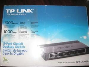 TP-LINK 5 Port Gigabit Desktop Ethernet / Internet Switch. Fast Speed. Wall Mount Design. 5 RJ45 Port. NEW