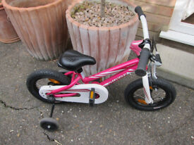 Specialized Hotrock 12 Childs Bike in pink with stabilizers - Good Condition!