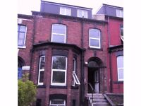 A Delightful 1 Bedroom furnished flat in Beeston, close to bus routes, for city centre.