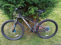 "2011 Specialized Hardrock Disc Mountian bike 13.5"" Frame (XS)"