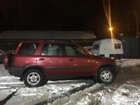 Honda CR-V 4x4 long mot snow tyres.