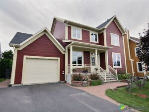 535 000$ - Maison 2 étages à vendre à Mont-St-Hilaire