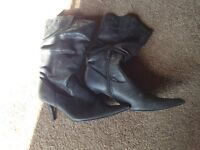 Ladies size 6-6.5 winter boots for sale