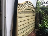 2x fence panels for sale - forest Prague lattice