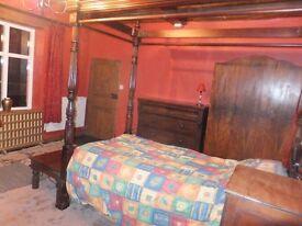 Big room in house in quiet village near Evesham