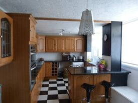 3 Bedroom House, own garden secure parking. Laindon Hills. Basildon £1100 pcm
