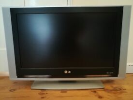 "LG 27"" LCD TV Model number RZ-27LZ55 £35"