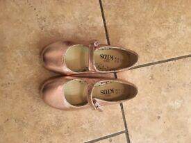 Girls metallic rose gold shoes
