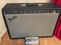 Fender ultimate chorus amp & footswitch