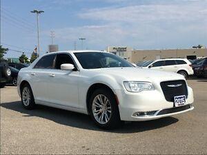 2015 Chrysler 300 TOURING**LEATHER**PANORAMIC SUNROOF**