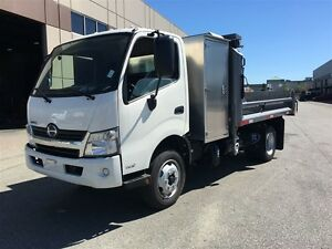2017 Hino 195 Hino Cab/Over, 11 ft. Dump, Fold Down Sides