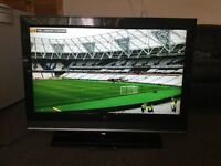 "37"" HD LCD TV WITH BUILT IN FREEVIEW"