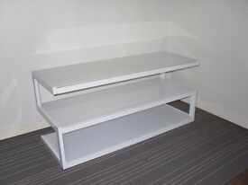 Modern White glass & gloss TV stand / coffee table ex-display 110cm 43in