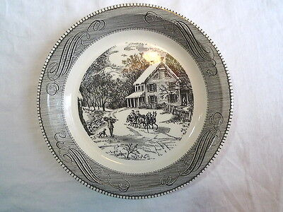 """Jeannette Royal China Currier & Ives Black and White 10"""" Pie Plate"""