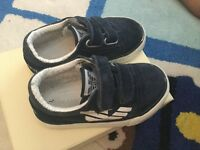 Baby boys armani trainers size 22 uk 4