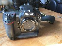 Nikon D2h DSLR Camera