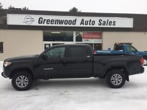 2018 Toyota Tacoma SR5 BACK UP CAM 4X4 TOW PACKAGE