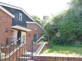 1 BEDROOM MEWS PROPERTY IN SHRUBBERY ROAD, GRAVESEND - AVAILABLE EARLY MAY