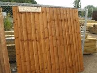 fencing panel close board heavy duty best quality treated 4 rails and caped concrete posts and boads